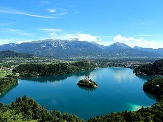 320px-Lake_Bled_from_the_Mountain.jpg