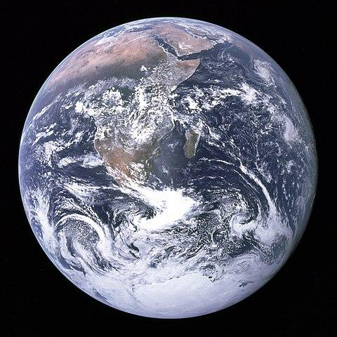 480px-The_Earth_seen_from_Apollo_17.jpg