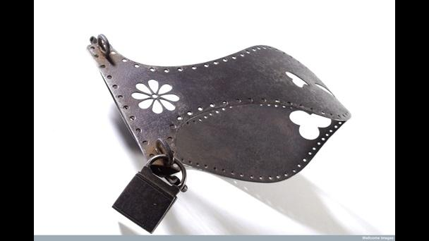 iron-chastity-belt-possibly-l0034909.jpg