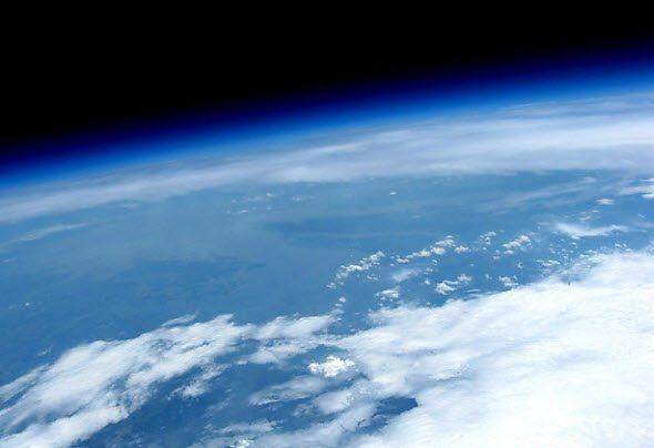 earth-space-curvature.jpg